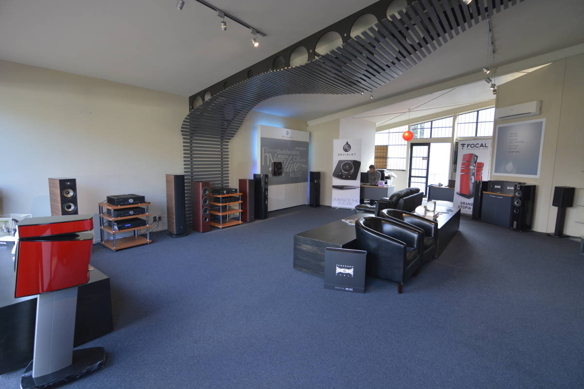 TAC_Auckland_Shop_Interior-1200-01